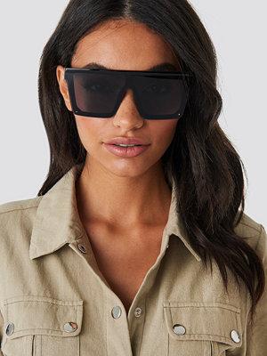 Solglasögon - Hoss x NA-KD Oversize Frame Sunglasses svart