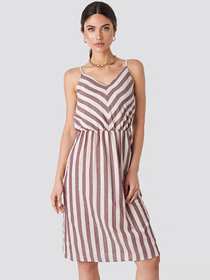 Trendyol Striped Halter Midi Dress multicolor