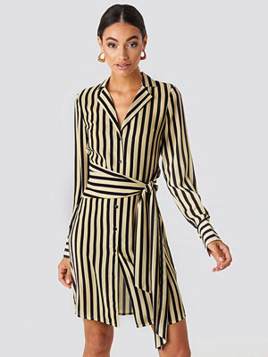 NA-KD Classic Tied Waist Striped Dress beige