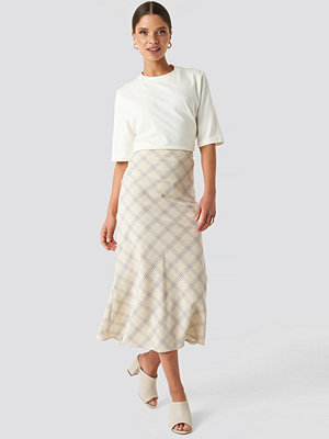 NA-KD Classic Light Checkered Midi Skirt beige