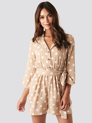 Jumpsuits & playsuits - NA-KD Dotted Playsuit beige