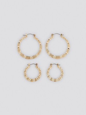 NA-KD Accessories smycke Flat Hammered Hoop Earrings (Double Pack) guld