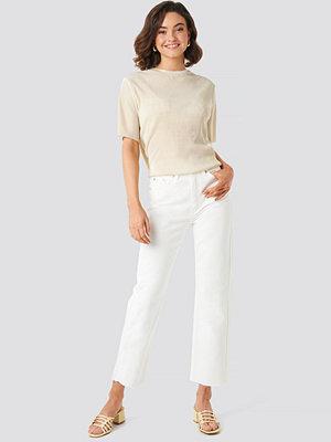 NA-KD Raw Hem Straight Jeans vit