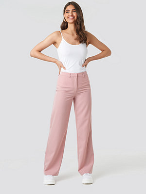 NA-KD Classic gammelrosa byxor Pinstriped Wide Suit Pants rosa