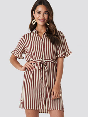 NA-KD Boho Frill Sleeve Tie Waist Dress multicolor