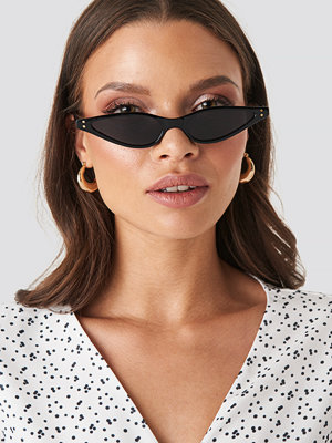 XLE the Label Kate Slim Cat Eye Sunglasses svart