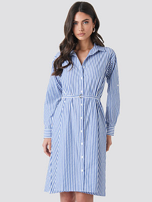 Trendyol Milla Striped Midi Dress blå