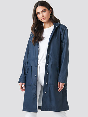 NA-KD Raincoat blå