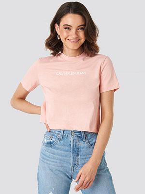 T-shirts - Calvin Klein Shrunken Instit Crop Tee rosa
