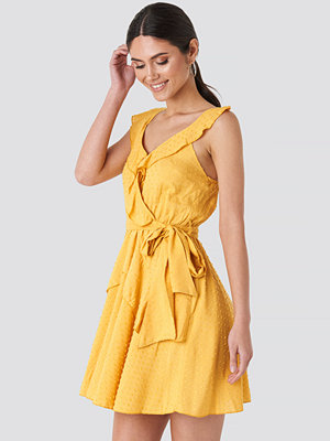 Trendyol Mustard Frilly Binding Dress gul