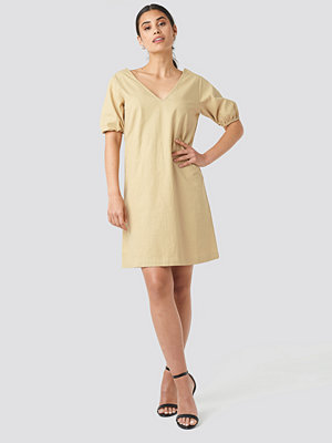 NA-KD Puff Sleeve Mini Dress beige