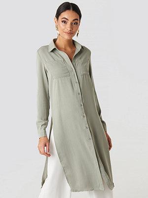 Glamorous Shirt Slit Midi Dress grön