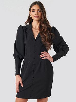 NA-KD Trend Button Front Mini Dress svart