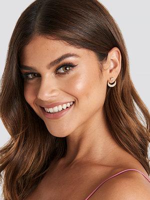 NA-KD Accessories smycke Back Stud Moon Earrings guld