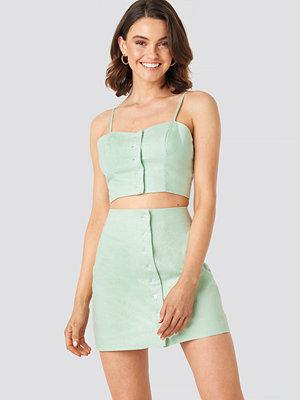 Queen of Jetlags x NA-KD Front Button Linen Mix Skirt grön