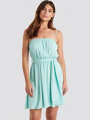 Trendyol Mini Strap Mini Dress blå