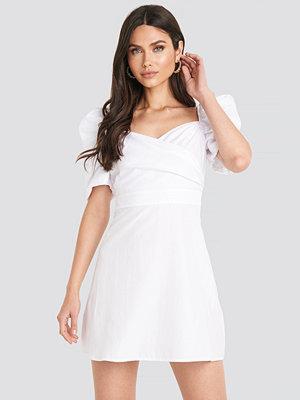 NA-KD Boho Puff Shoulder A-Line Dress vit