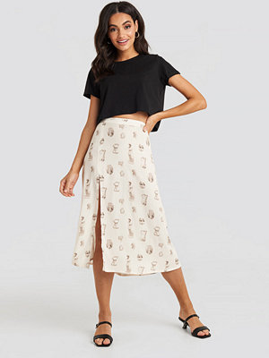 NA-KD Side Split Midi Skirt beige
