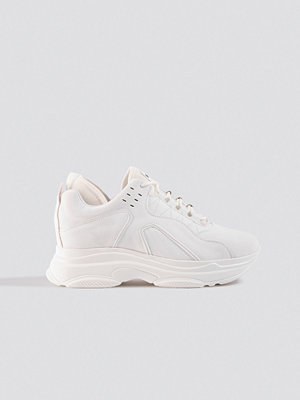 NA-KD Shoes Sporty Faux Suede Sneakers vit