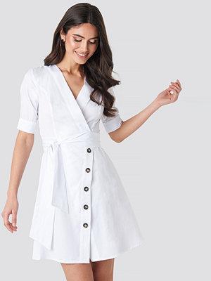 NA-KD Boho Asymmetric Buttoned Mini Dress vit