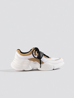 NA-KD Shoes Contrast Lacing Trainers vit
