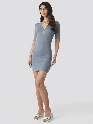 NA-KD Ribbed Short Sleeve Dress blå