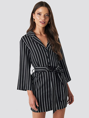 NA-KD Striped Playsuit svart