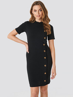 Sisters Point Luna Dress svart