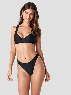 NA-KD Swimwear Ribbed High Cut Panty svart