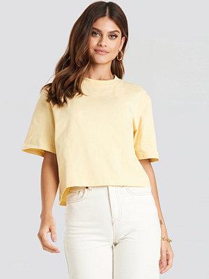 T-shirts - NA-KD Basic Oversize T-Shirt gul