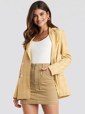 Trendyol Zipped Mini Denim Skirt beige