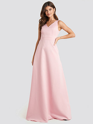Trendyol Accessory Detailed Evening Dress rosa