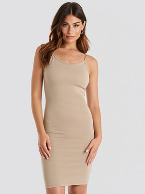 NA-KD Party Cross Back Spaghetti Strap Dress beige
