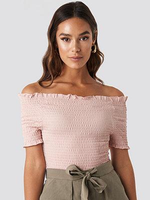 Trendyol Off Shoulder Shirred Top rosa