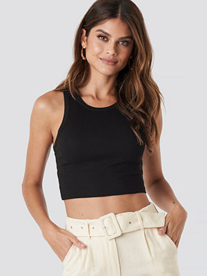 NA-KD Trend Cropped Ribbed Top svart