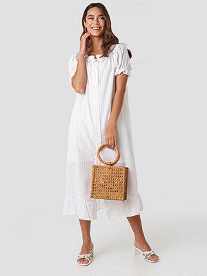 Trendyol Button Striped Detailed Midi Dress vit