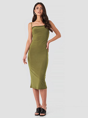 Trendyol Milla Thin Strap Midi Dress grön