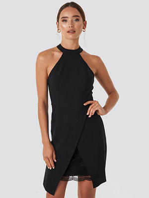 Trendyol Drape Detailed Midi Dress svart