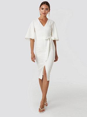 Trendyol Binding Detailed Midi Dress vit