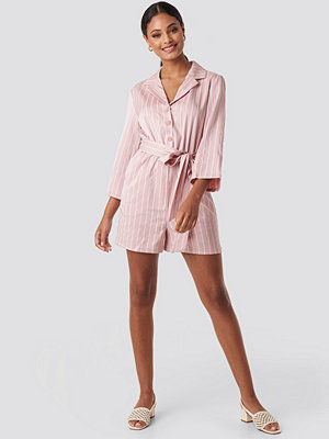 NA-KD Striped Playsuit rosa
