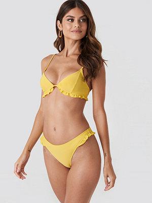 Paulinye x NA-KD Frill Detail Bikini Bottom gul