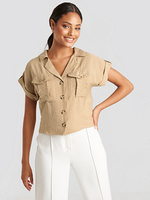 Trendyol Button Detailed Crop Shirt beige