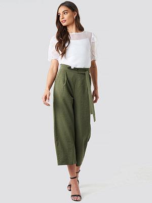 NA-KD omönstrade byxor Paperwaist Self-Tie Pant grön