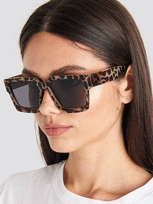 NA-KD Accessories Big Squared Edge Sunglasses brun