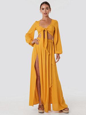Trendyol Guipure Viscose Skirt gul