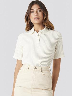 T-shirts - NA-KD Trend Ribbed Short Sleeve Sweater vit
