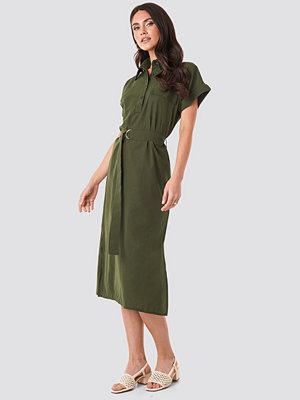 Trendyol Milla Button Midi Dress grön