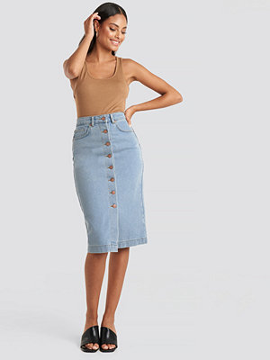 NA-KD Button Up Denim Midi Skirt blå