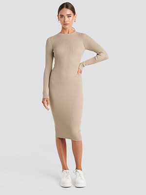 NA-KD Ribbed Knitted Midi Dress beige