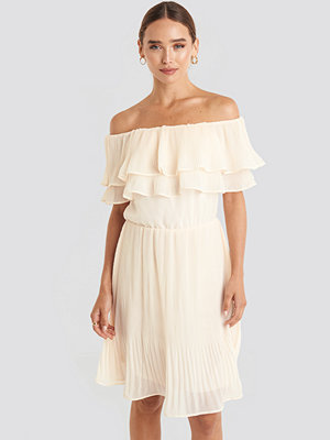 NA-KD Double Tier Off Shoulder Dress beige